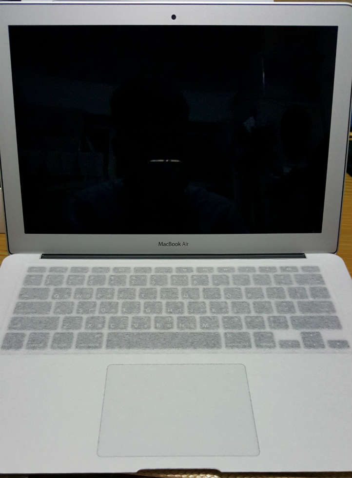 MacBook air 全身照